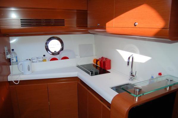 2011 beneteau monte carlo 42  13 2011 Beneteau Monte Carlo 42