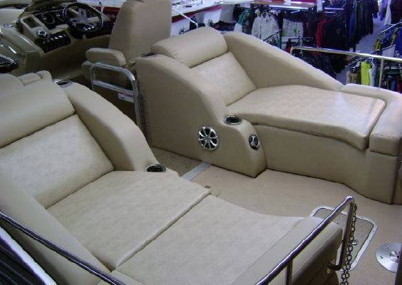 Bennington 2275 RCW 2011 Bennington Pontoon Boats for Sale