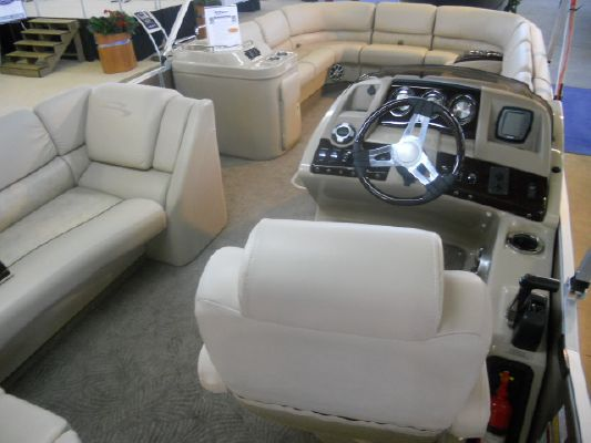 Boats for Sale & Yachts Bennington 2550 CLUB TRI TOON 2011