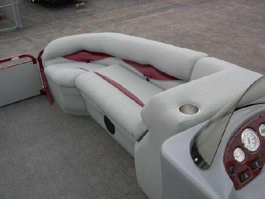 Bentley 220 Elite 2011 All Boats