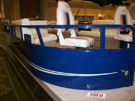 Bentley Encore Bentley 240 Fish 2011 All Boats