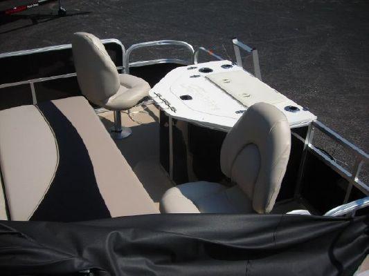 BERKSHIRE 221RFC LTD 2011 All Boats