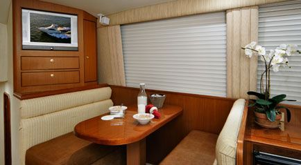 Carver 46 Super Sport (SWJ) 2011 Carver Boats for Sale