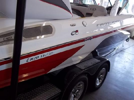 Centurion Enzo SV230 Plus 2011 All Boats