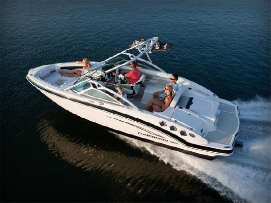 Chaparral SSI 226 2011 Chaparral Boats for Sale