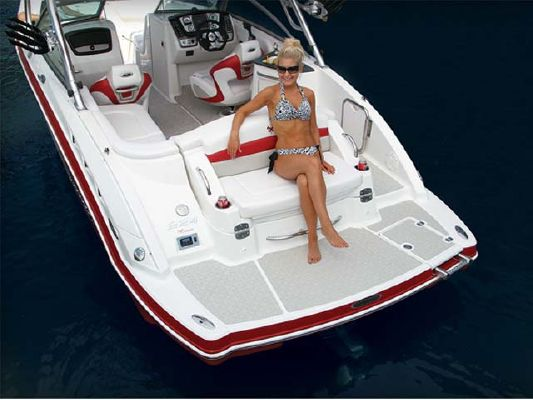 Chaparral XTREME TOW BOAT 224 XTREME 2011 Chaparral Boats for Sale