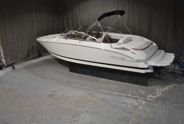COBALT BOATS 232 2011 Cobalt Boats for Sale