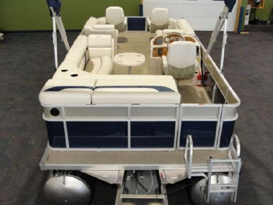 Crest 230XR 2011 All Boats