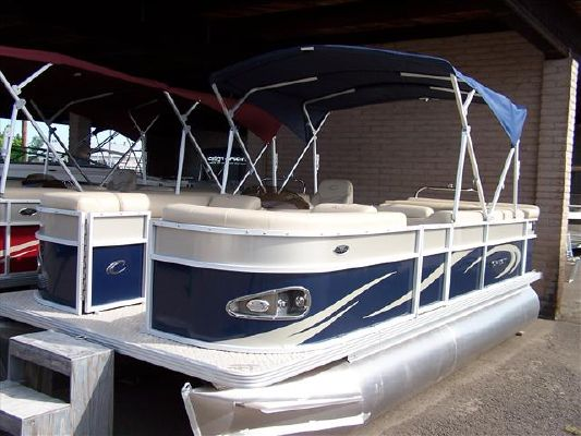CREST PONTOON BOATS 2011 Pontoon Boats for Sale