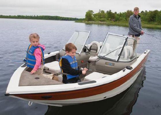 Crestliner Super Hawk 1700 2011 Crestliner Boats for Sale