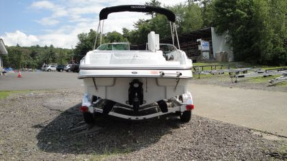 Crownline BOWRIDER 220LS 2011 Crownline Boats for Sale