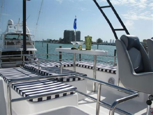 Cruise Cats Havana Flybridge (SWJ) 2011 Flybridge Boats for Sale