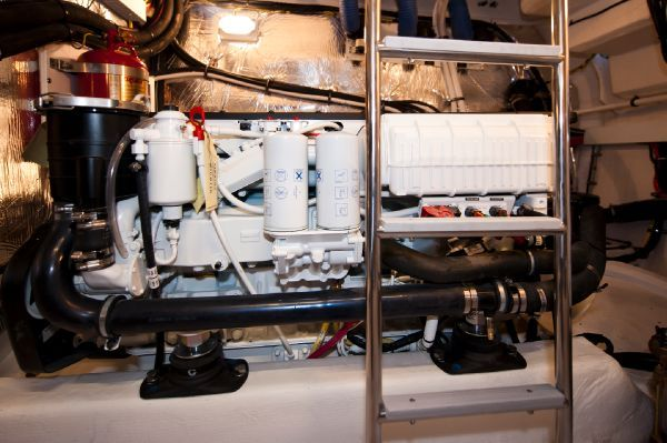 Cruisers 48' Cantius 2011 Cruisers yachts for Sale Motor Boats