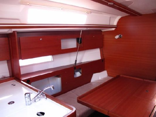 Dufour Yachts Dufour 335 Grand'Large 2011 All Boats
