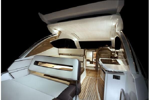 Galeon 325 HTO 2011 All Boats