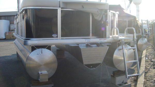 Godfrey / SweetWater 2286 2011 Sweetwater Pontoon Boat
