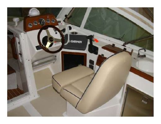 Hunt Yachts Harrier 25 2011 All Boats