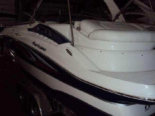 HURRICANE BOATS SD 2400 IO 2011 All Boats