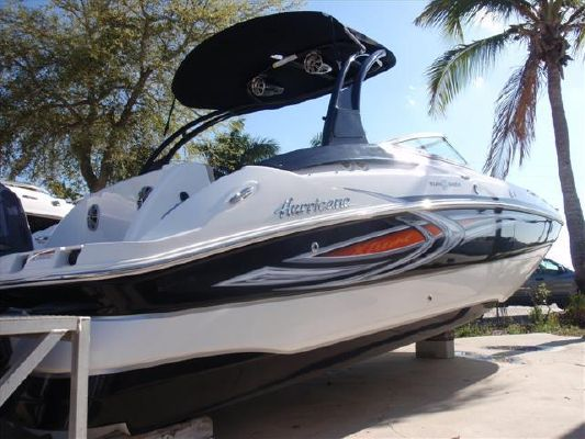 Hurricane SUNDECK 2400SD 2011 All Boats