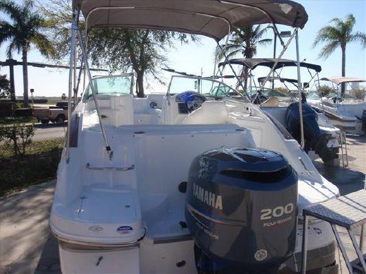 Hurricane SUNDECK SD 2200 OB 2011 All Boats