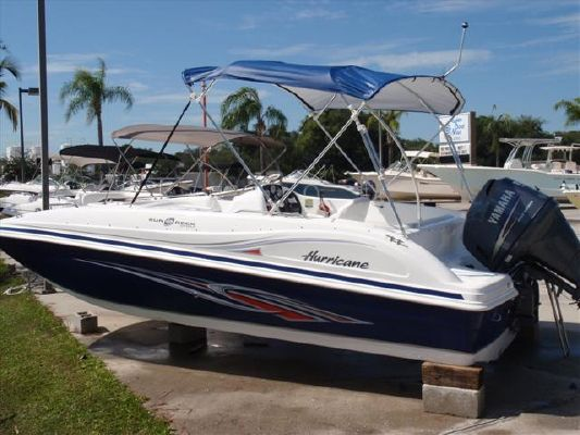 Hurricane SUNDECK SPORT SS 188 OB 2011 All Boats