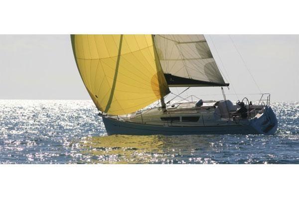 2011 jeanneau sun odyssey 30i  1 2011 Jeanneau Sun Odyssey 30i