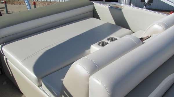 Landau 2500SC Signature 2011 All Boats
