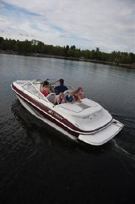 Larson 850 LX 2011 All Boats