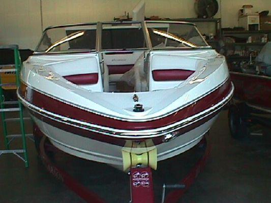 Larson LARSON SENZA 186 BR 2011 All Boats