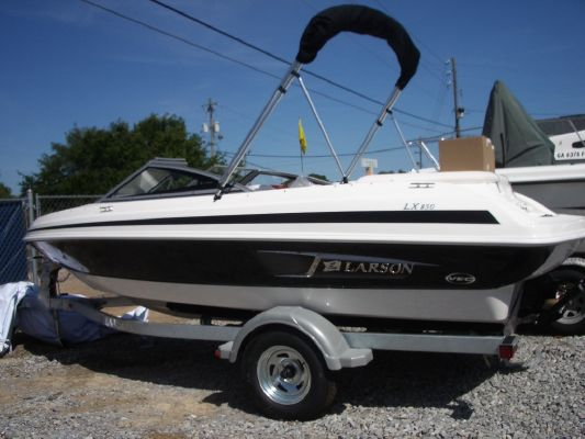 Larson LX 850 2011 All Boats