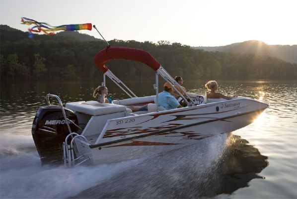 Boats for Sale & Yachts Lowe Sport Deck 220 2011 All Boats