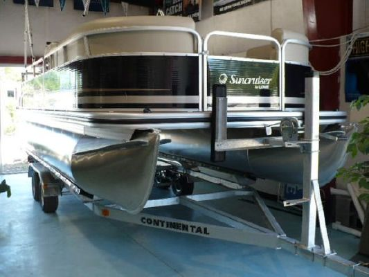 Lowe SS210 Suncruiser Pontoon 2011 Pontoon Boats for Sale