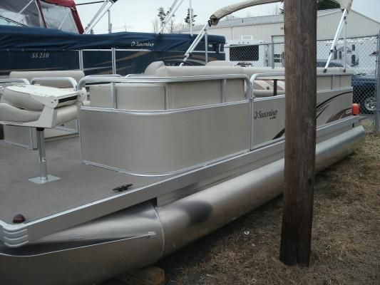 Lowe Suncruiser GS202 2011 All Boats