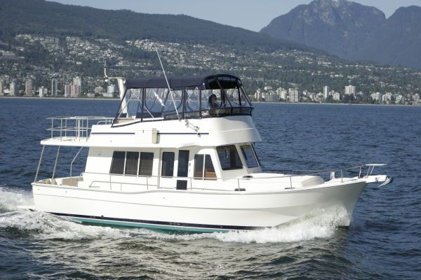 2011 mainship 414 expedition