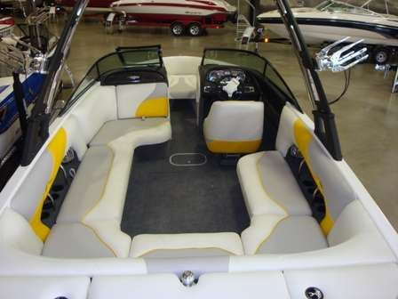 Malibu 23 vRide 2011 Malibu Boats for Sale