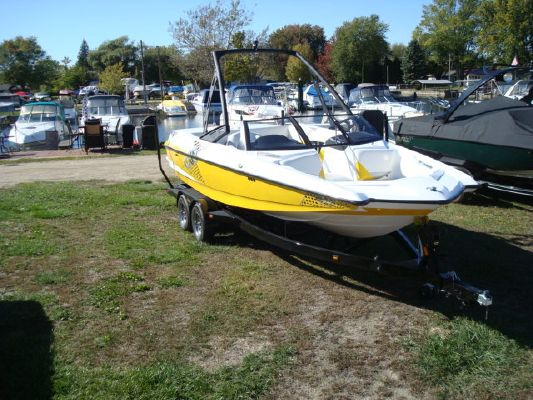 Boats for Sale & Yachts Malibu AXIS A22 2011 Malibu Boats for Sale