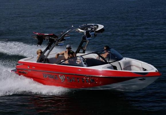 Malibu Wakesetter VTX 2011 Malibu Boats for Sale