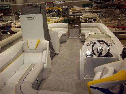 Manitou Pontoons Xplode 25 2011 Pontoon Boats for Sale