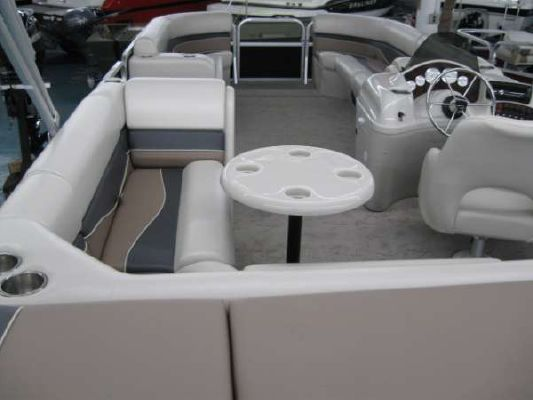 Misty Harbor 2285 CS Biscayne Bay Cruise 2011 Egg Harbor Boats for Sale
