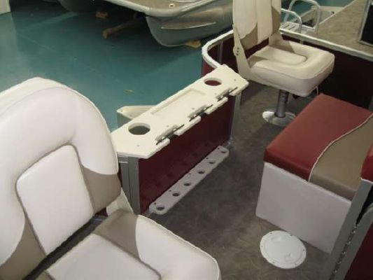 Misty Harbor 2285 FS Biscayne Bay Fish 2011 Egg Harbor Boats for Sale