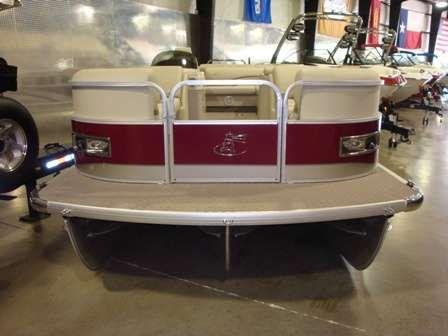Misty Harbor 2385 GM 2011 Egg Harbor Boats for Sale