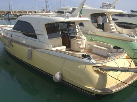 Mochi Craft Dolphin 54 Suntop 2011 All Boats