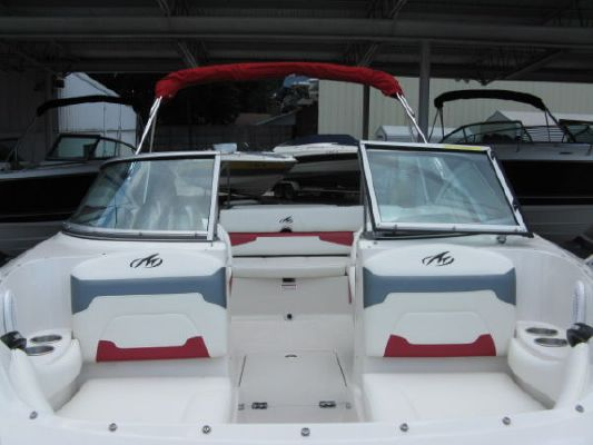Monterey 224 FS 2011 Monterey Boats for Sale,