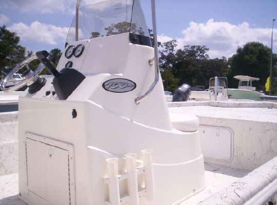 NAUTIC STAR 190 Yamaha 90 4stroke & Alum. Trailer. In Stock 2011 All Boats