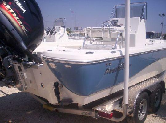 2011 Nautic Star 2400 Bay Boat Yamaha 250 4stroke
