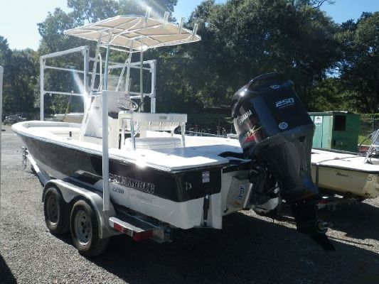 Pathfinder 2200 XL Tournament Edition 2011 All Boats