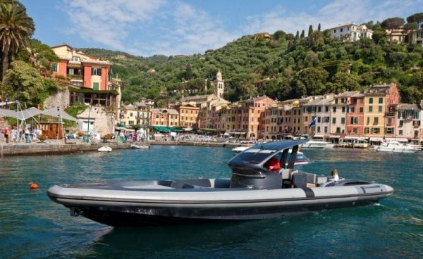 Pirelli PZero 1400 Carbon Edition 2011 All Boats