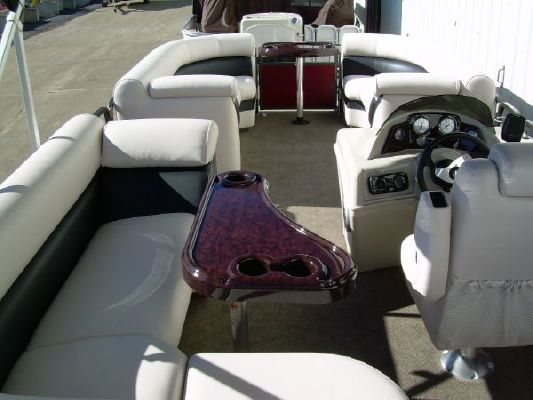Premier 220 Sunsation RE 2011 All Boats