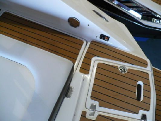Regal 2220 Deck Boat 2011 Deck Boats For Sale Regal Boats for Sale