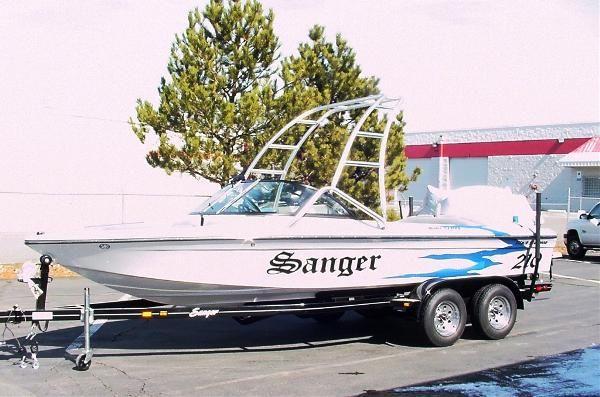 Sanger V210 2011 All Boats